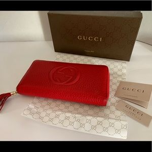 Gucci Red Soho wallet